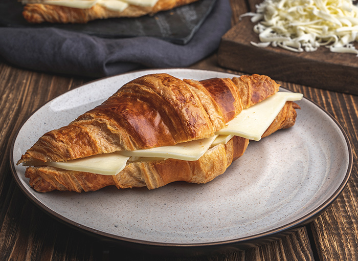 Croissant with Kashar Cheese