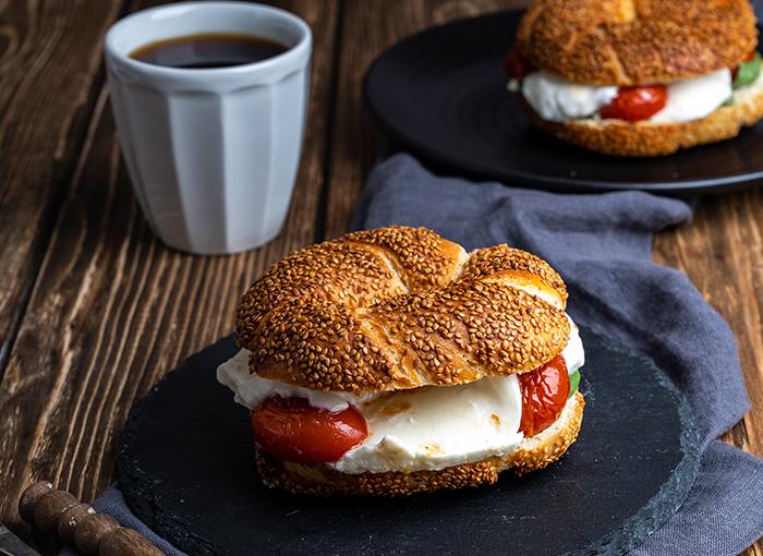 Mozzarella Bagel Sandwich