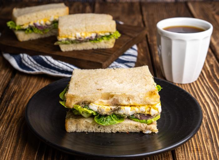 Milky & Sourdough, Avocado & Egg Sandwich